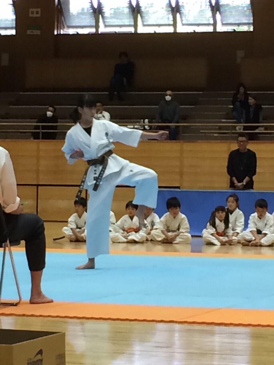 http://www.kyokushin-chibaminami.com/images/1433851275828.jpg